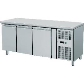 TAVOLO REFRIGERATO TN ventilato 3 porte interamente in acciaio inox temp. -2/+8°C cap. 450 lt.