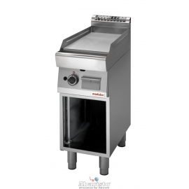 FRY TOP GAS PIASTRA LISCIA interamente in acciaio inox AISI304 con armadio aperto