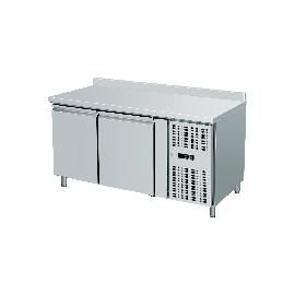 TAVOLO REFRIGERATO TN ventilato 2 porte con alzatina interamente in acciaio inox temp. -2/+8°C cap. 300 lt.