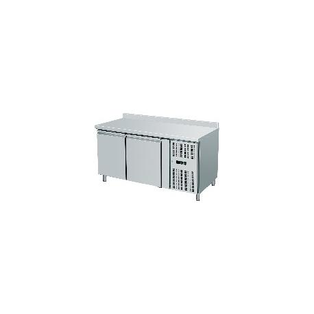 TAVOLO REFRIGERATO TN ventilato 2 porte con alzatina interamente in acciaio inox AISI304 temp. -2/+8°C cap. 300 lt.